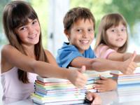 Demokratie lernen - Grundschulen als Schlüsseleinrichtungen der Demokratiebildung