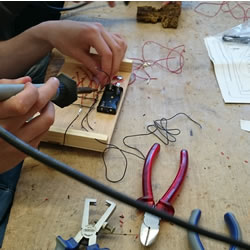 Themenfeld: Elektronische Stromkreise